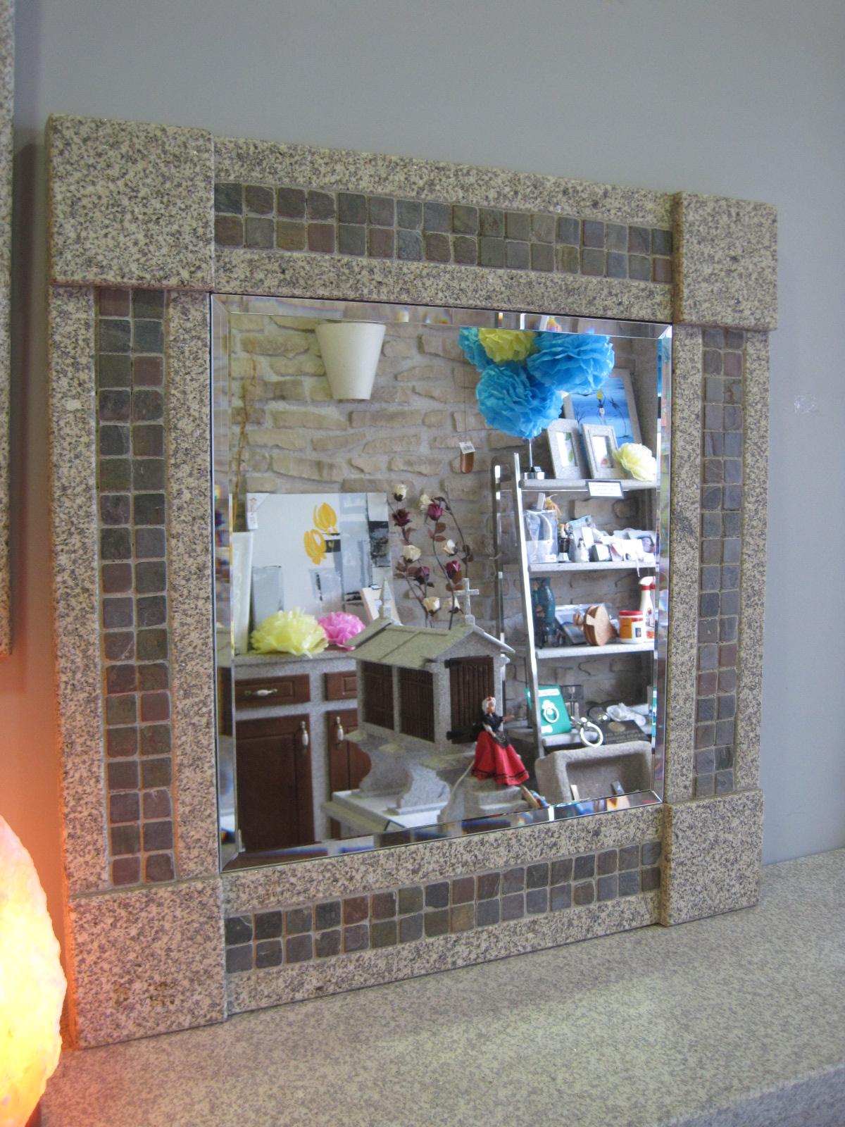 Espejo mosaico piedra