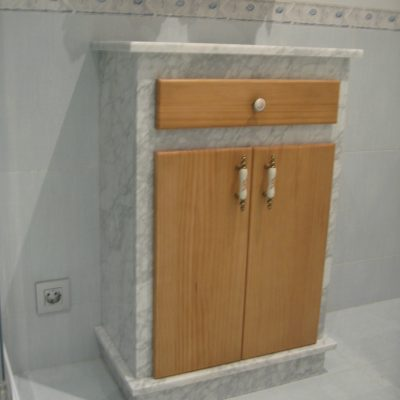 mueble baño mármol