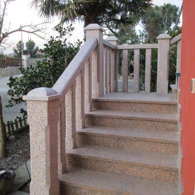balaustrada rosa escalera