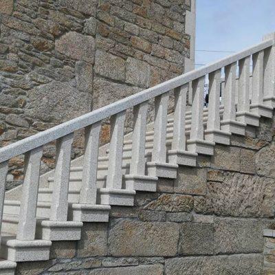balaustrada y escalera piedra