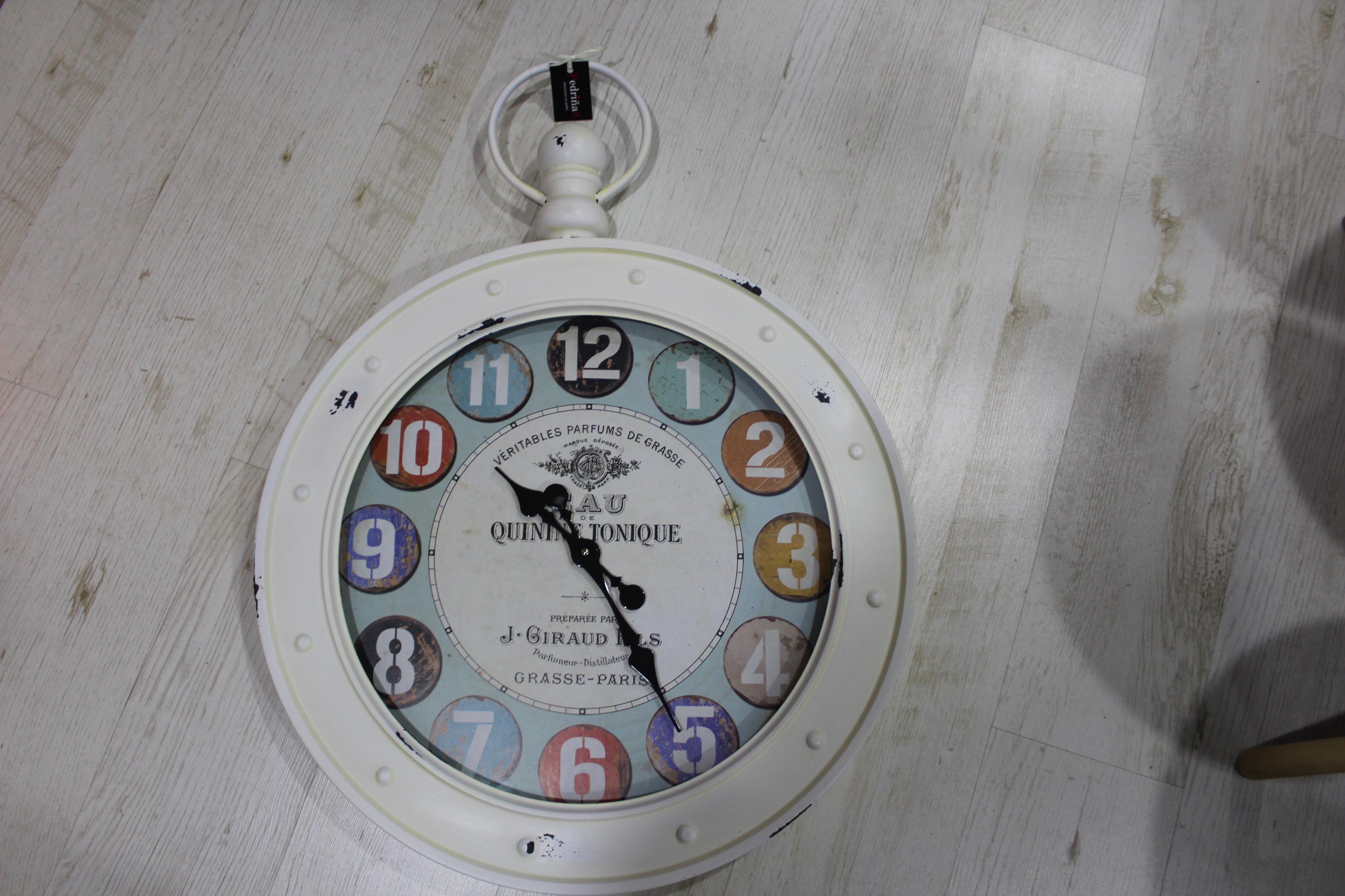 reloj gigante vintage