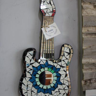 guitarra mosaico para pared