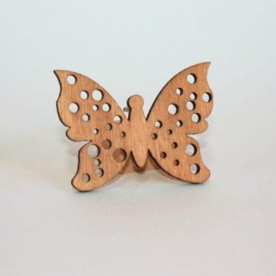 broche mariposa madera