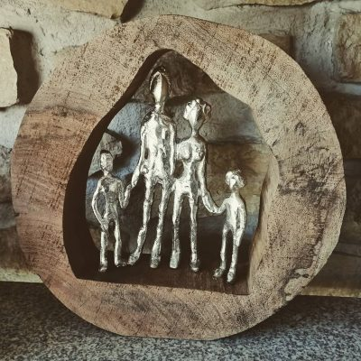 figura familia madera